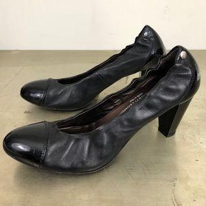 AGL Patent Cap Toe Leather Round-Toe Ballet Pumps
